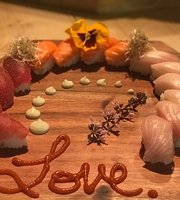 Indah Sushi