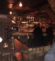 Bar 1841