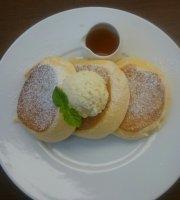 A Happy Pancake Fukuoka Tenjin