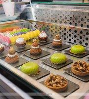 Latte Coffee & Desserts