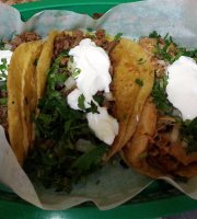 Mariachi's Tacos