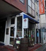 Off-Street Bar M&M