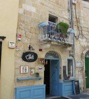 Chalk Cafe & Bar