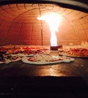 Mi Familias Pizzeria