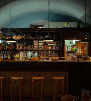 Donna Romita - Alcolici e Cucina