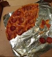 Davardi's Pizza Bar, Monton