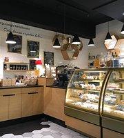 Viru Gustav Cafe