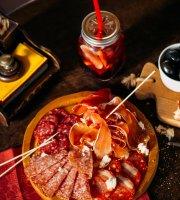 Gastronomic Temptation Moncasa Gourmet