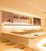 Peace Oriental Teahouse - Sukhumvit 49