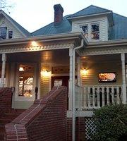 Carriage House Restaurent