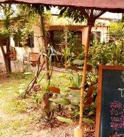 Toa Phak (Table of Veggie)