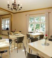 Ani's Cafe