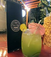 Casa Vieja Café & Bar