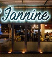 Chez Jannine