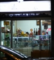Domart Cafe
