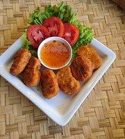 Laba Cafe & Bistro Doi Tung