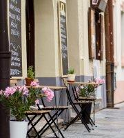 Vinotheque, café Hroznovka