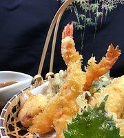 Momiji Japanese Restaurant & Sake Bar
