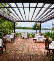 American Restaurant - Villa Orchid Garden Riverside