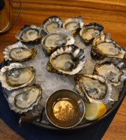 Taylor Shellfish Oyster Bar