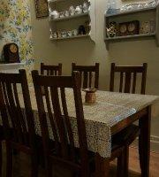 Lucia's Vintage Tearoom & Deli