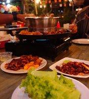 Restoran Taman Abang Steamboat & Grill
