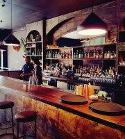 Mootee Bar