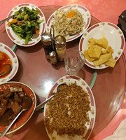 Tan's Family Resturant