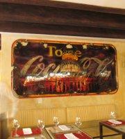 Tres Monedas Cafe