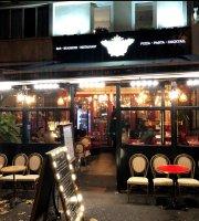 Chez Aldo Cafe