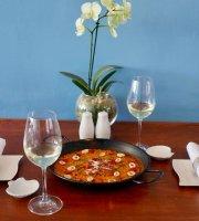 Tierra & Mar Restaurant