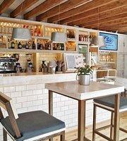 CLARO Concept Food Store