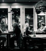 Cafe Nassau