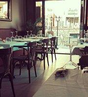 La Bonne Excuse Cafe-Bistro