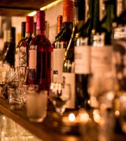 Do Immigration Wine Bar