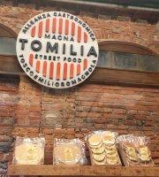 Magna Tomilia Street Food