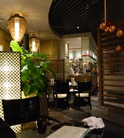 Fukujima Japanese Restaurant At Baolilai International Hotel