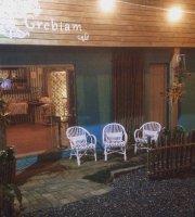 Grebiam Cafe