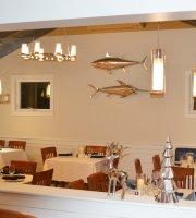 Harborview Restaurant & Bar