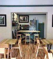 Café La Garduña, barra de especialidad