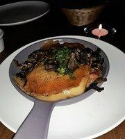 Zú Restaurant