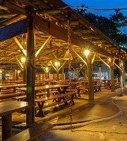 Almada Bar de Praia e Restaurante