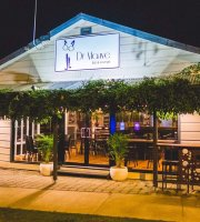 Dr Mauve Bar and Lounge