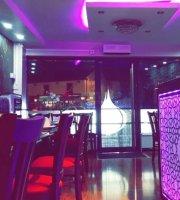 Pink Garlic Balti House