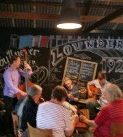 Lounders Boatshed Cafe
