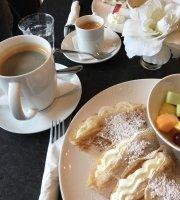 Hom Cafe