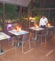 Basuri Restaurant By The Tubki Resort