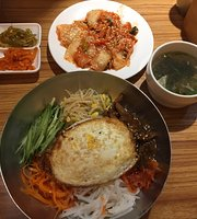 Han Ye Cold Noodles King Korean Restaurant