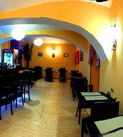 Mala India - Indian Restaurant