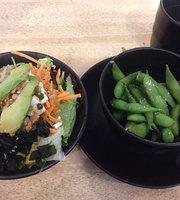 Ziqi Ramen y Sushi